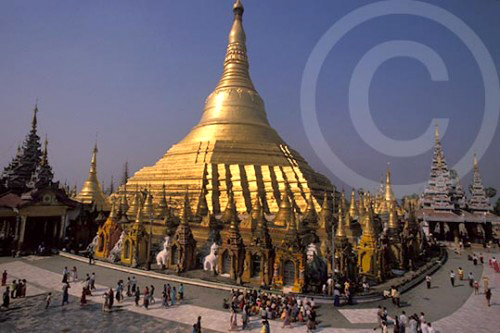 Photo of Schwedagon Pagoda in Rangoon, Burma