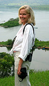 Photo of Lori Robinson in Africa