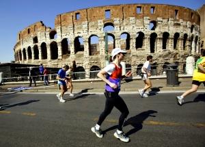 Photo of Becky Green Aaronson running the 2003 Rome Marathon