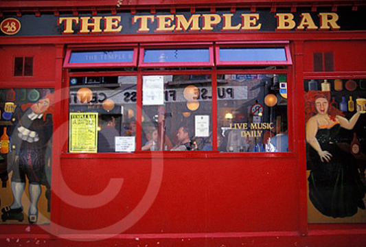 Photo of Temple Bar in Dublin, Ireland
