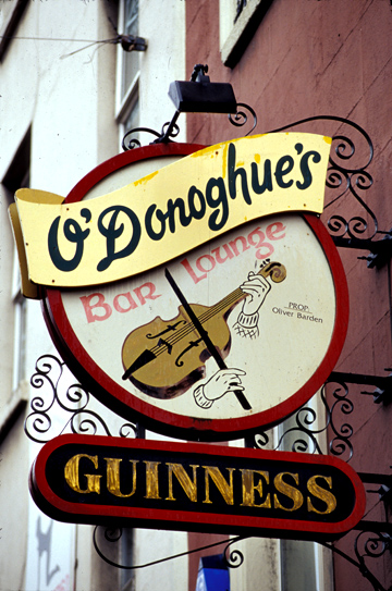 Photo of O'Donoghue's Bar in Dublin, Ireland